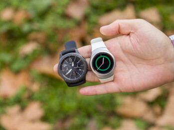 Gear S3 Frontier and Gear S2