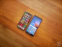 Apple-iPhone-X-vs-Honor-7X-6-of-12