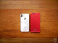 Apple-iPhone-X-vs-Honor-7X-7-of-12