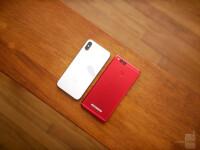 Apple-iPhone-X-vs-Honor-7X-8-of-12