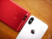 Apple-iPhone-X-vs-Honor-7X-9-of-12
