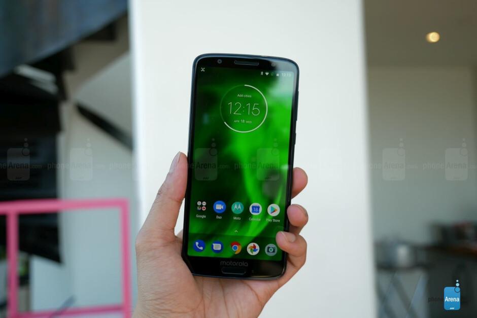 The Moto G6 and the Moto G6 Play - Motorola Moto G6 & G6 Play hands-on