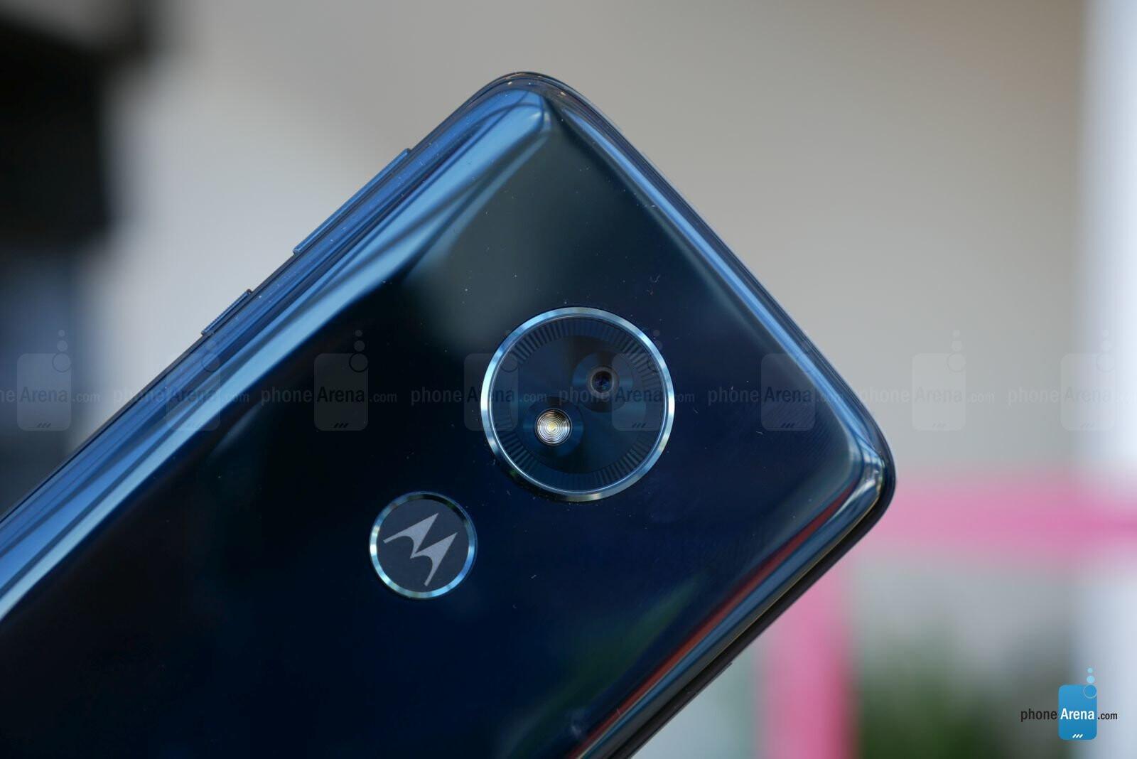 Motorola Moto G6 & G6 Play hands-on | PhoneArena reviews