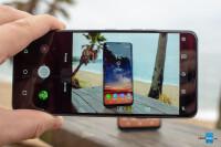 LG-G7-VS-Galaxy-S9-10.jpg
