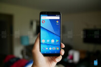 BLU-Pure-View-hands-on-3-of15.jpg