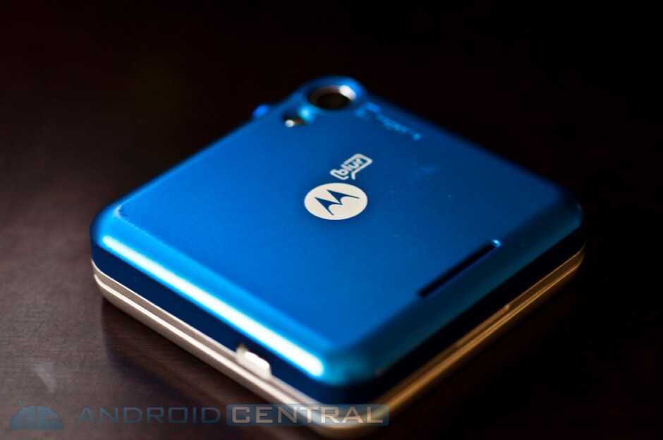 Additional details emerge surrounding the Motorola Flipout for AT&T