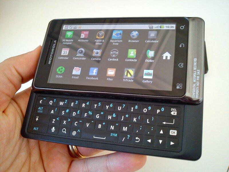 Motorola MILESTONE 2 is the European DROID 2 with HD video capture