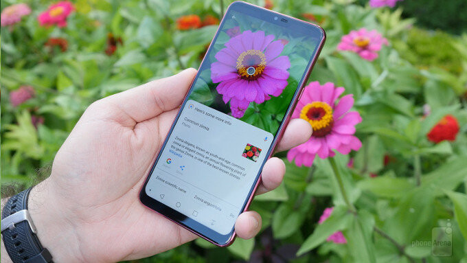 Google Lens in action on the LG G7. Oh, and that Super Bright Display looks pretty good too! - LG G7: the best summer vacation phone