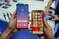 Samsung-Galaxy-Note-9-vs.-iPhone-X-9