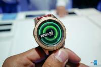 Samsung-Galaxy-Watch-Hands-On-1