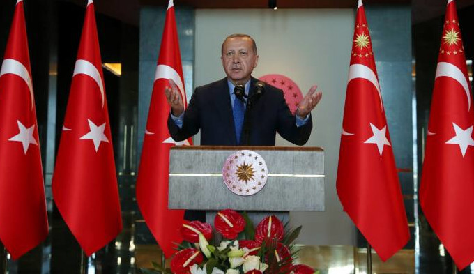The President of Turkey wants to ban iPhones for brands like Samsung - Turkish president: ban imperialist iPhone, buy Samsung!
