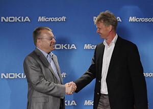 Stephen Elop and Nokia VP Kai Öistämö&nbsp - Nokia's embattled CEO steps down, Stephen Elop from Microsoft will take over