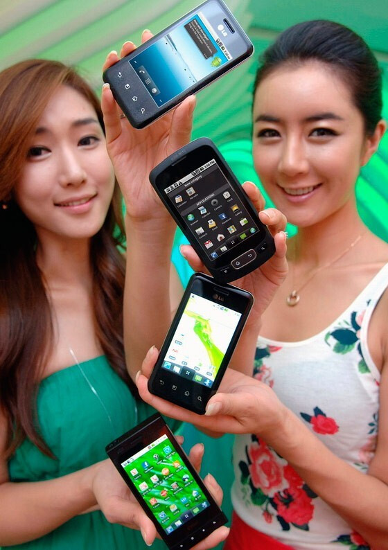 LG to spill the beans on its Optimus One and Chic Android phones next week