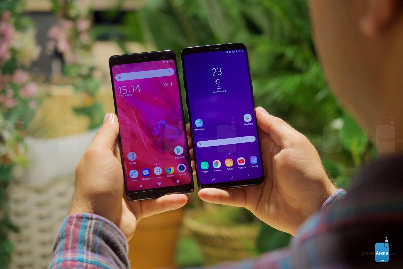 Độ lớn màn hình lần lượt xếp hạng theo thứ tự: Samsung S9 - Sony XZ3 - Samsung S9 Plus