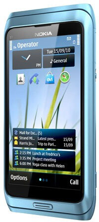 Nokia E7 front and back