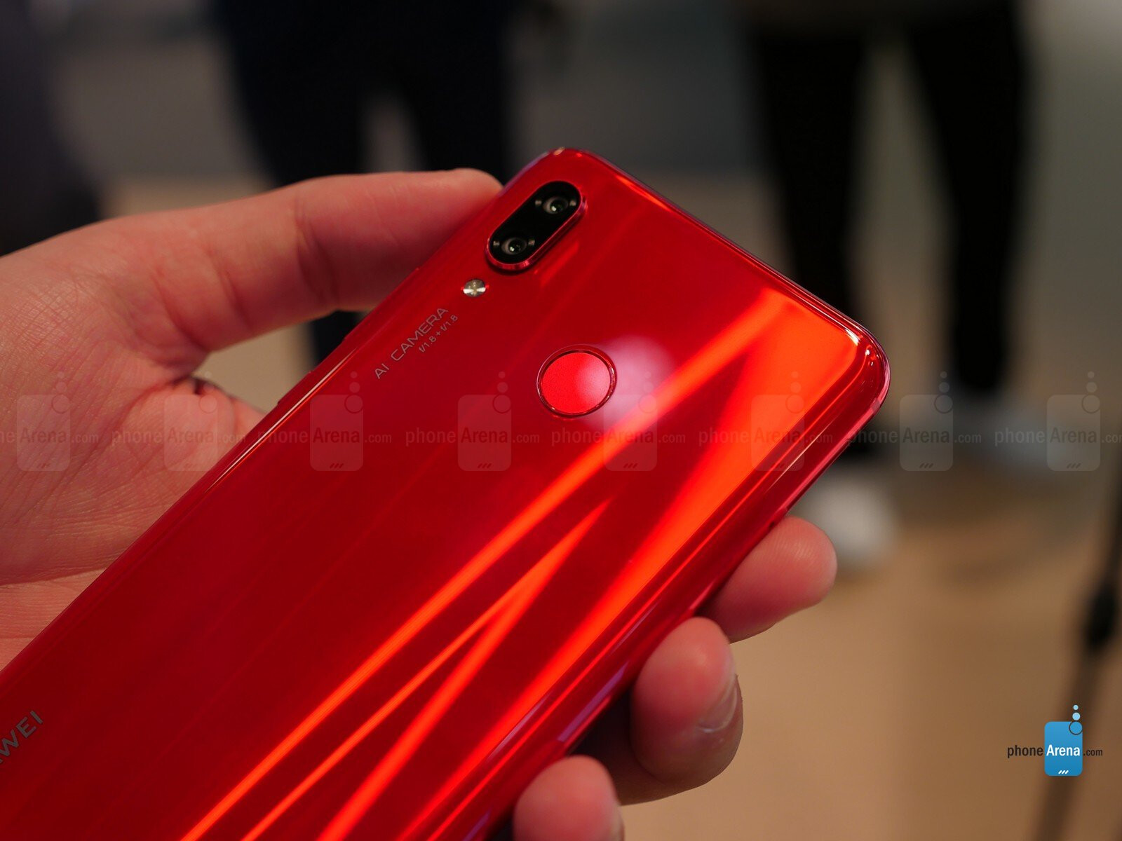 Huawei Nova 3 hands-on: Vibrant colors and great value