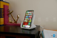 Logitech-POWERED-Wireless-Charging-Stand-1-of-8