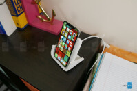 Logitech-POWERED-Wireless-Charging-Stand-4-of-8