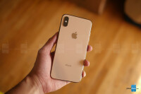 Apple-iPhone-XS-Max-unboxing-and-first-look-2-of-12