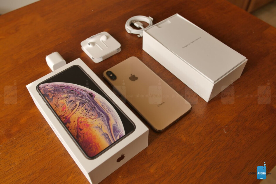 Apple iPhone XS Max: unboxing and first look