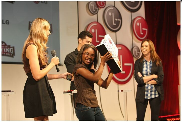 New York teen wins LG Texting Championship