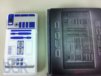 Dummy units of the R2-D2 version of the DROID 2 begin to arrive in stores
