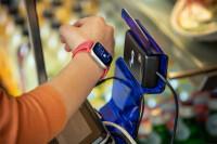 Campus-Apple-PayWallet-apple-watch10022018