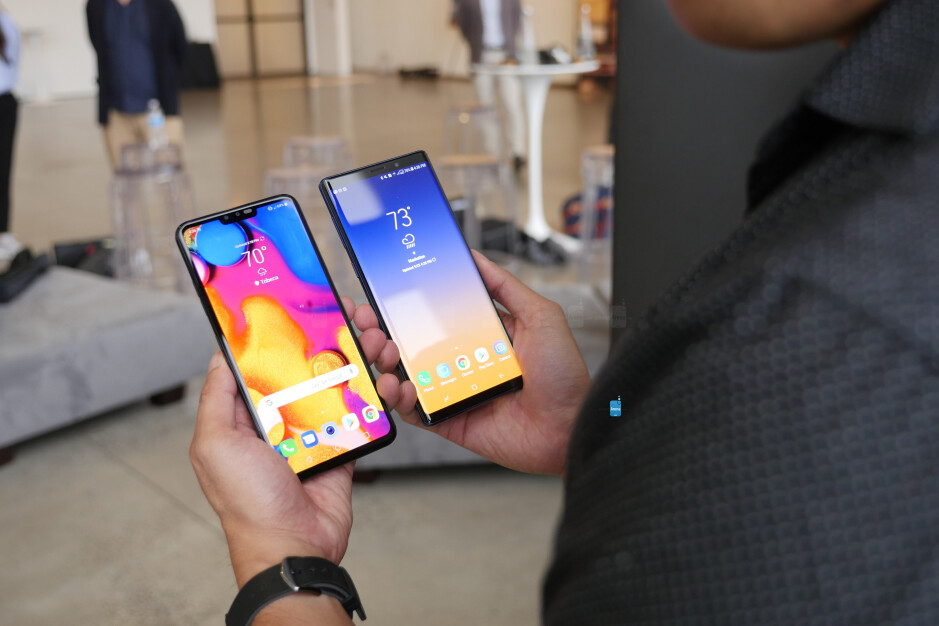 LG V40 ThinQ vs Samsung Galaxy Note 9: first look