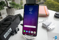 LG-V40-ThinQ-Unboxing-and-Hands-on002