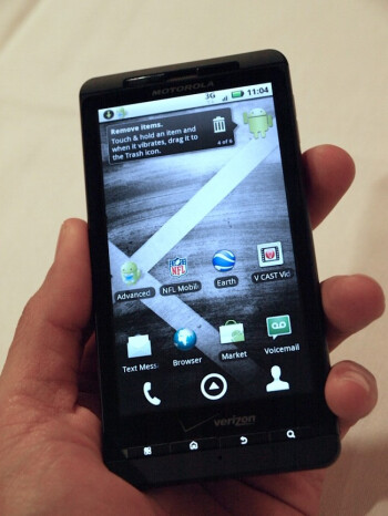 Messaging fix coming for Droid X devices running froyo