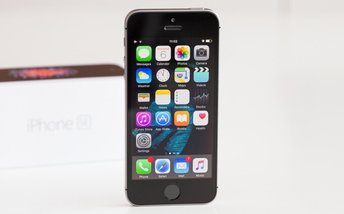 Apple's iPhone SE is dead, and with it the age of compact phones is officially over