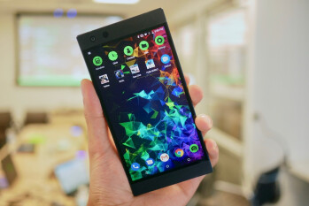 Razer Phone 2 Hands-On: The gaming daily driver becomes more drivable