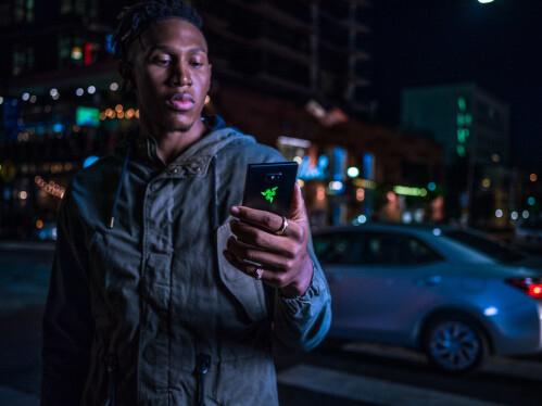 Razer Phone 2 announced with revamped design and vapor chamber cooling