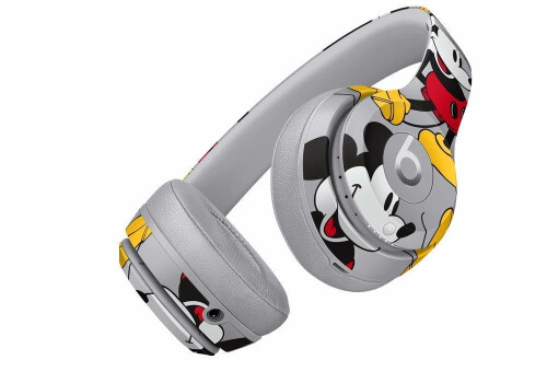 Beats By Dre Unveils Mickey Mouse 90th Anniversary Edition
