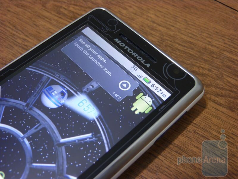 Motorola DROID R2-D2 Special Edition Hands-on