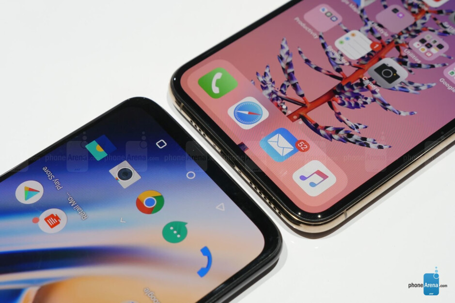 OnePlus 6T vs Apple iPhone XS Max: first look