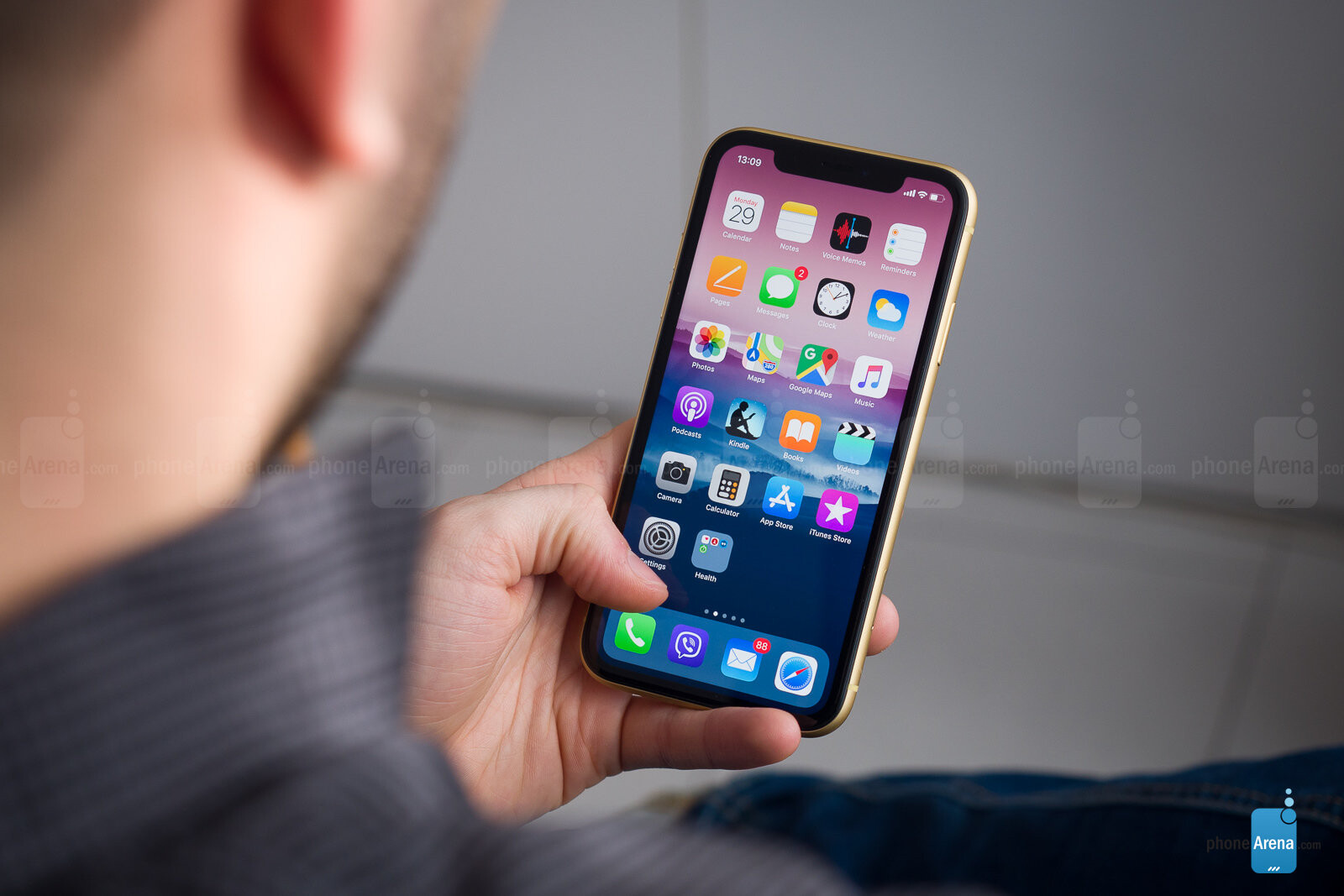 Apple iPhone XR Q&A: Your questions answered! - PhoneArena