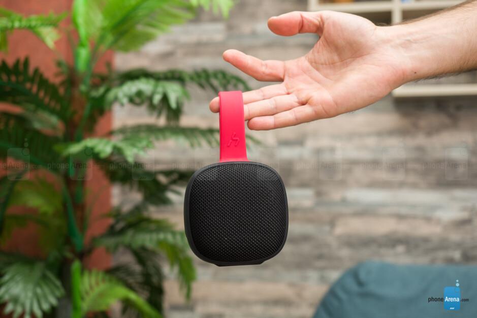 Havit E5 hands-on: a surprisingly powerful tiny speaker
