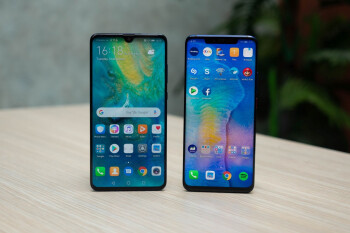 Mate 20 (left) vs Mate 20 Pro (right)