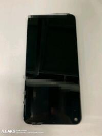 Samsung-infinity-o-display-panel