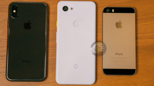 iPhone X (left) vs Pixel 3 Lite (mid) vs iPhone 5s (right)
