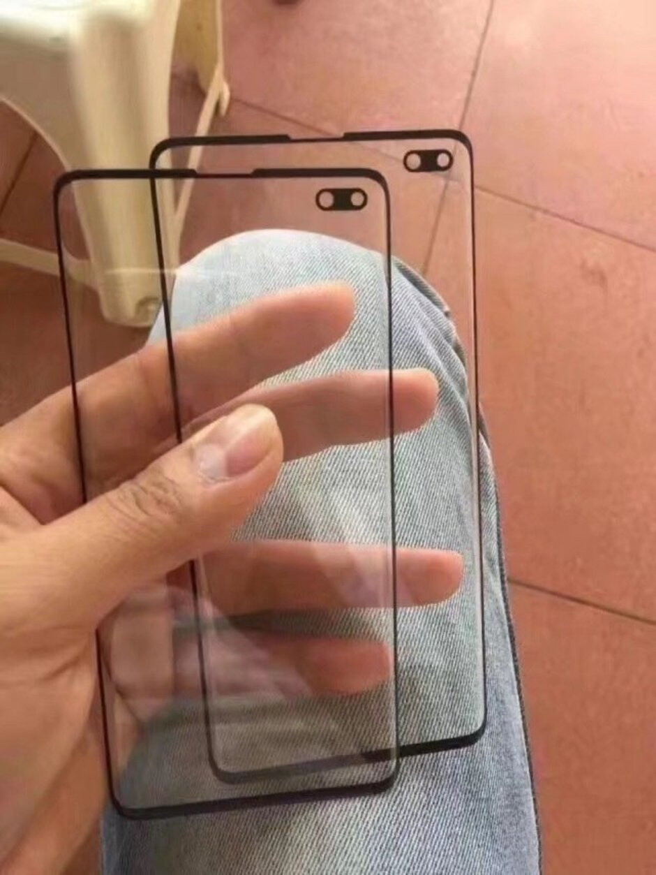 Alleged S10+ protectors - New Galaxy S10+ mockups and screen protectors prep us for dual in-display cameras
