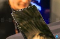 Samsung-Galaxy-5G-phone-6.jpg