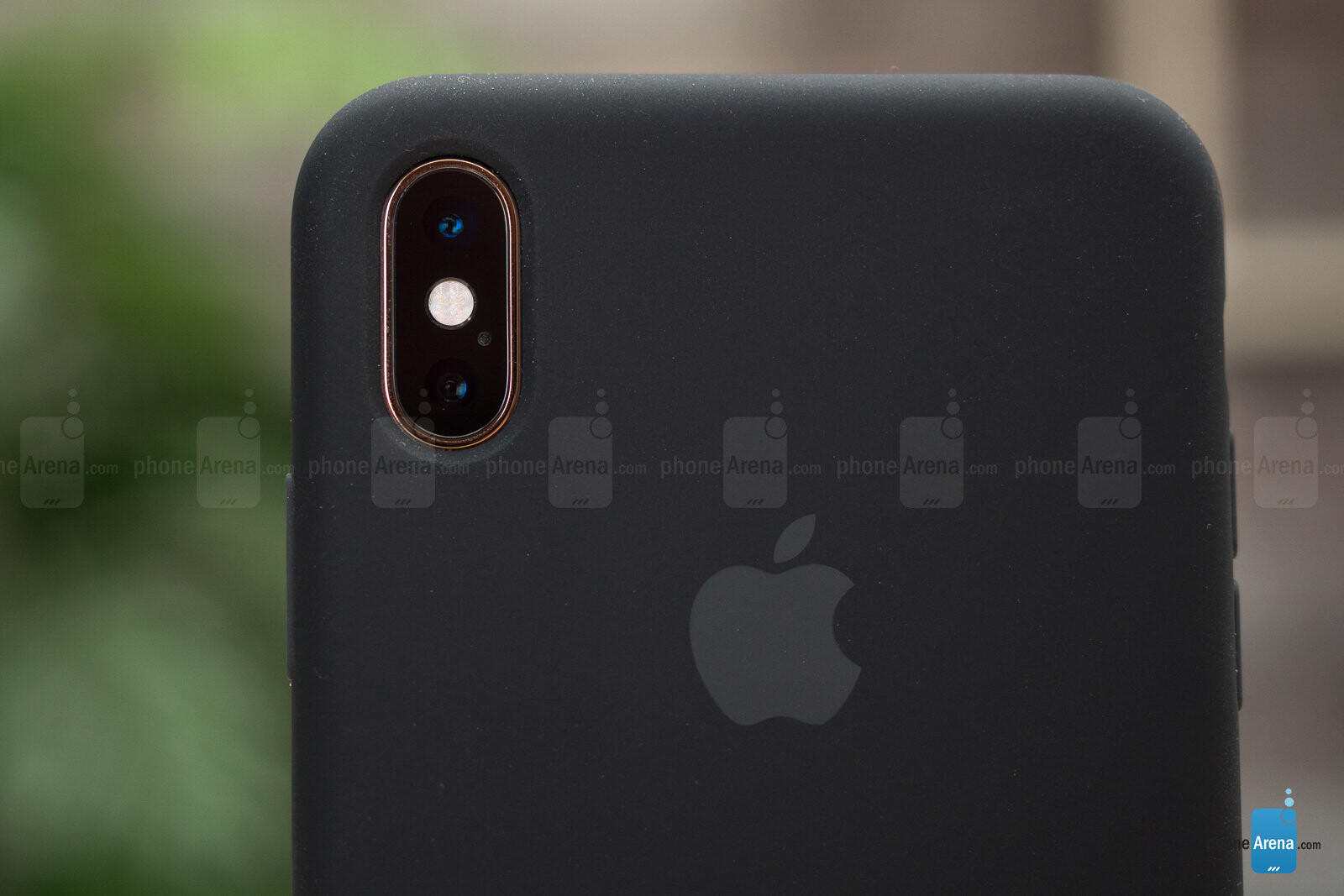 peel iphone xs max case