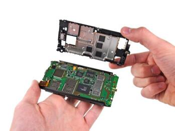 Nokia N8 mid-plane