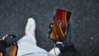 OnePlus-6T-McLaren-Edition-Warp-Charge.jpg