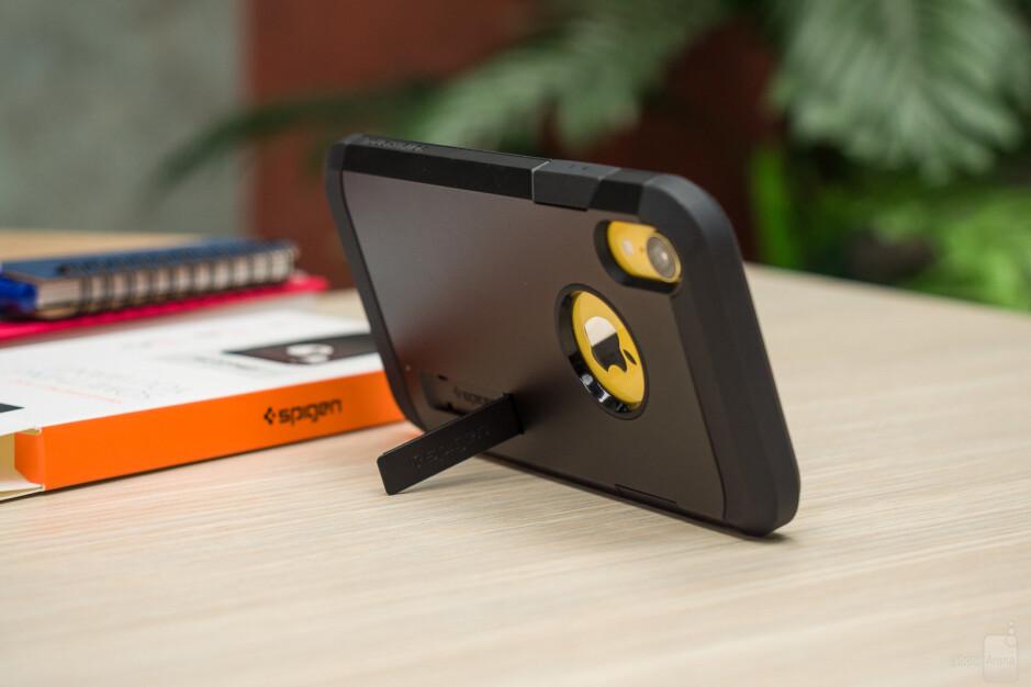 Spigen Tough Armor - The ultimate Apple iPhone XR case overview