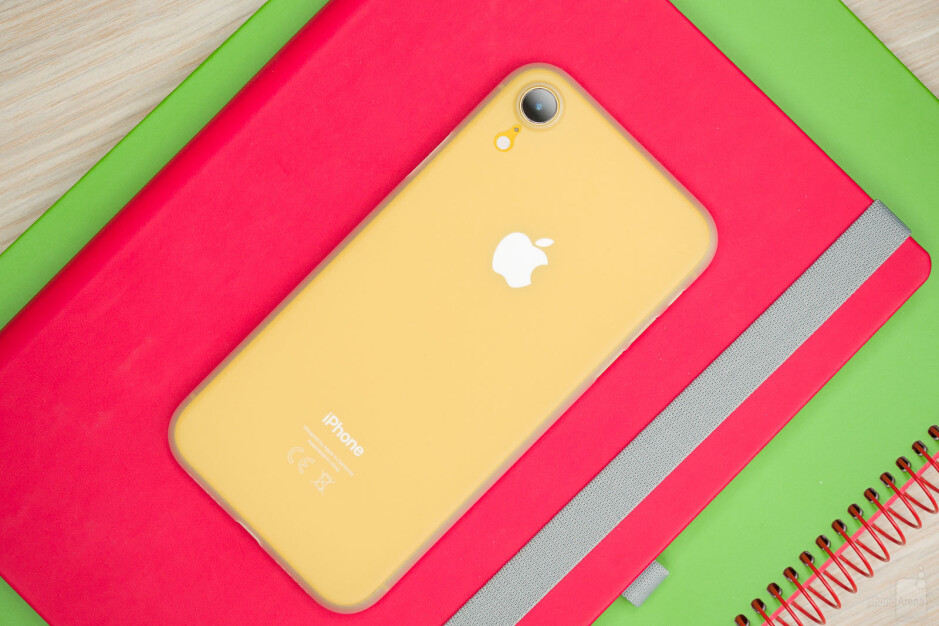 Totallee Thin case - The ultimate Apple iPhone XR case overview