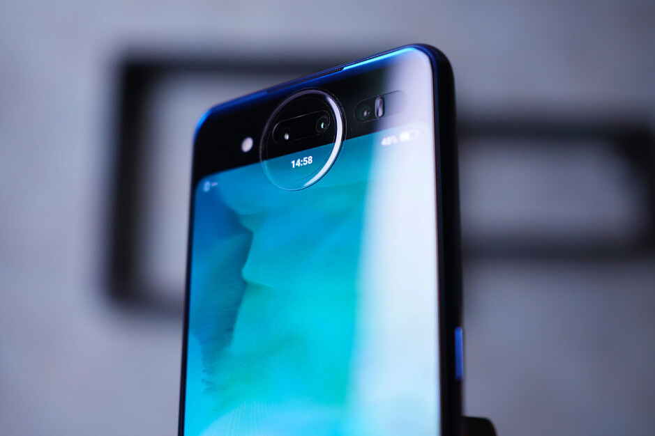 Vivo Nex Dual Screen Edition unboxing and first look