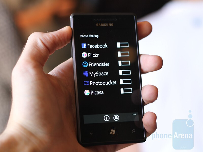 Samsung Omnia 7 - Hands-on with HTC 7 Mozart, LG Optimus 7 and Samsung Omnia 7